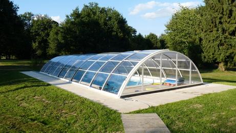 les abris de piscines d 39 achat sur les piscines abris de piscine et accessoires. Black Bedroom Furniture Sets. Home Design Ideas