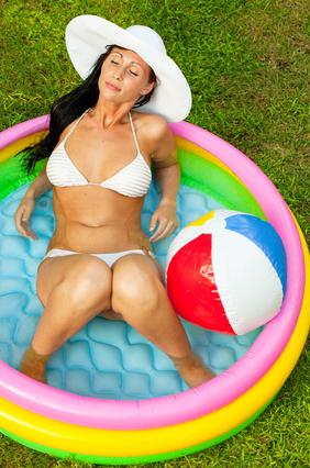 Les piscines gonflables d 39 achat sur les for Petite piscine gonflable rectangulaire